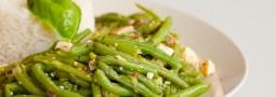 Tofupfanne mit Bohnen und Reis
