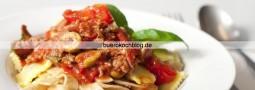 Tagliatelle mit klassischer Bolognese
