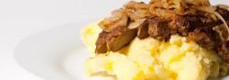 Leber und Kartoffelbrei (mit zu wenig Salz)