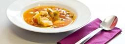 Schnelle mediterane Fischsuppe