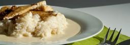 Seelachs mit Se-Me-Sa-Sauce auf Reis